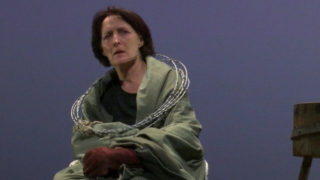 Fiona Shaw playing Virgin Mary