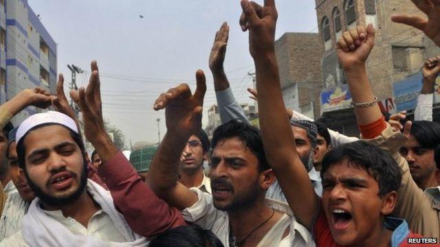 Pakistan 'blasphemy lawyer' shot dead in Multan office