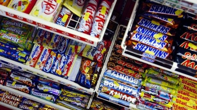 Tesco to end checkout sweets in 'healthy choice' move