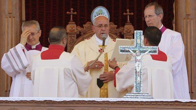Pope Francis (c)