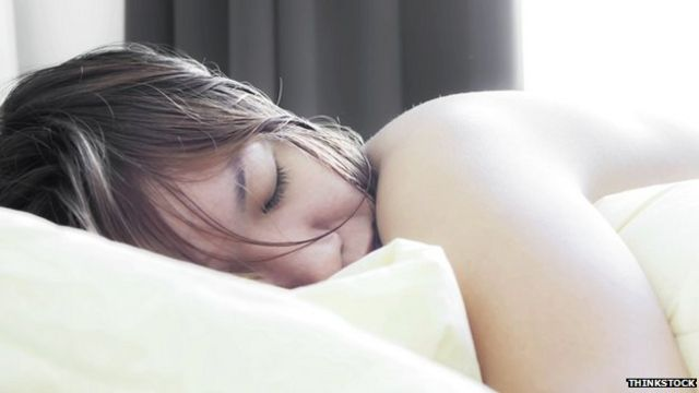Light bedrooms 'link to obesity'