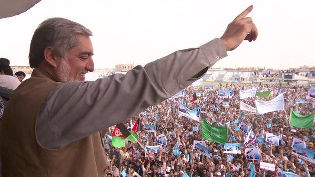 Leading candidate Abdullah Abdullah at a rally