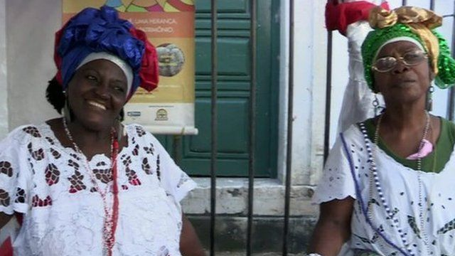 ladies in the city of Salvador