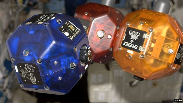 Nasa equips space robots with smartphones