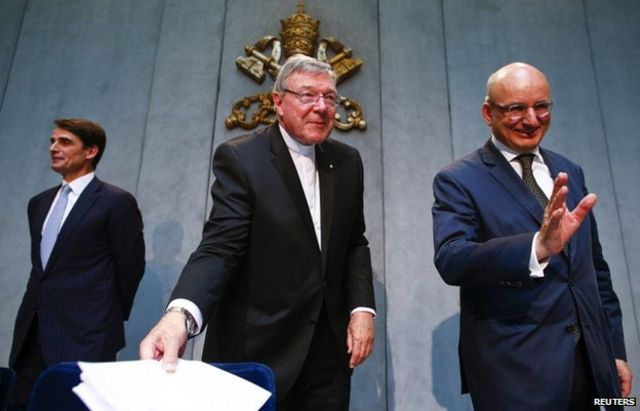 Vatican bank chief to step down amid restructure