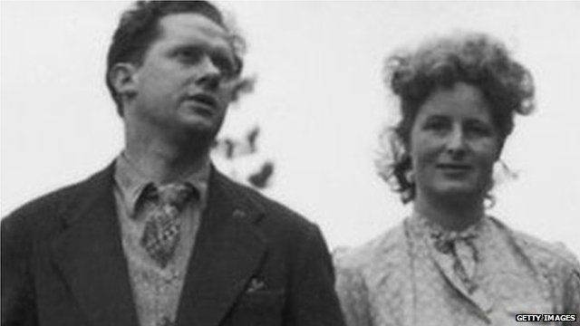 Dylan Thomas and Caitlin in 1946