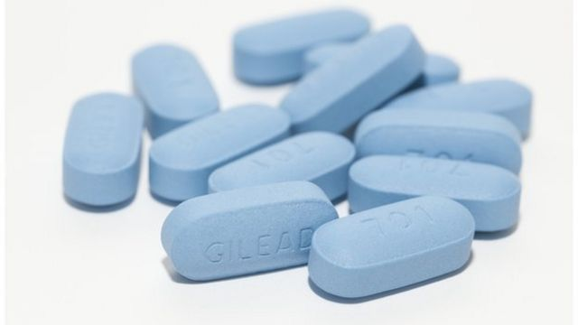 Aids epidemic under control by 2030 'is possible'