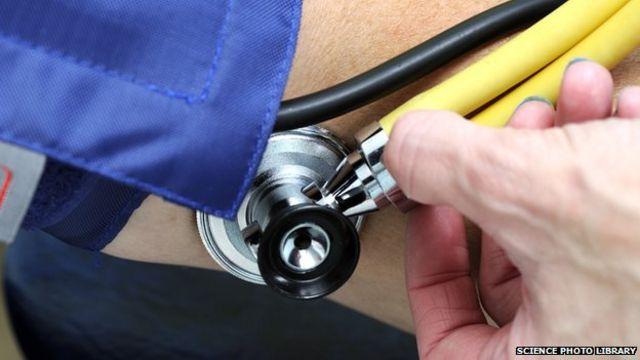 Social media 'fuel rise in complaints against doctors'