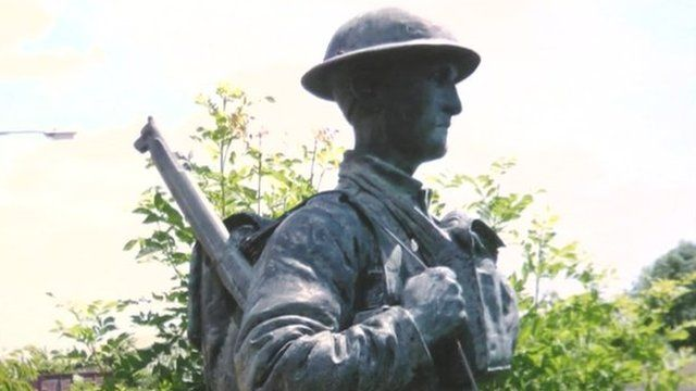 Bronze World War One soldier made by Singer factory in Frome, Somerset