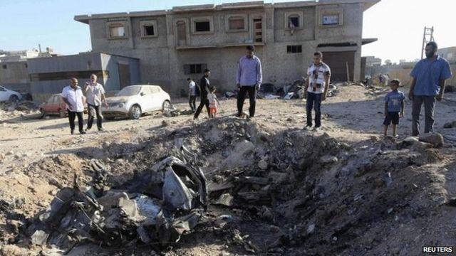 Libya militias seize Benghazi special forces base
