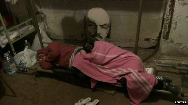 Residents of eastern Ukrainian city of Donetsk sleeping in basement 'shelter' to escape fighting