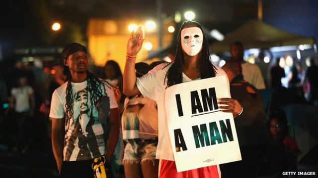 Missouri: Police confront new protests over Michael Brown