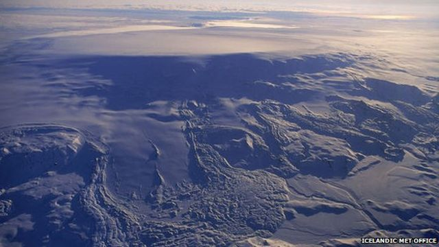 Iceland raises Bardarbunga volcano alert to orange