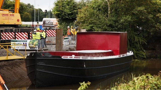 The barge returned to the River Lagan on Monday as part of a tourism project