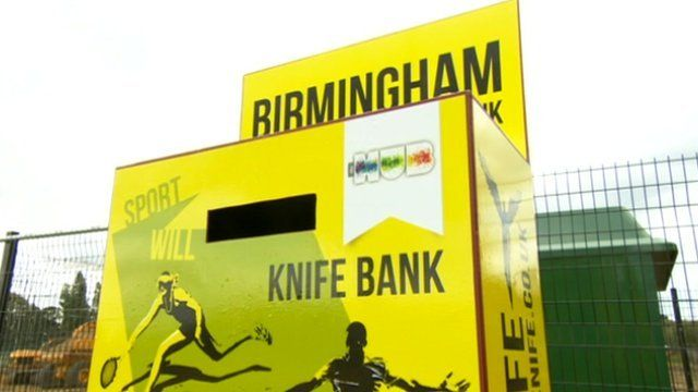 Knife bank