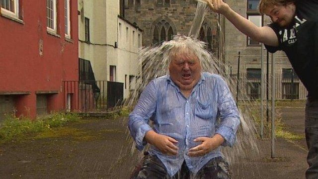 Brian Taylor does ice bucket challenge
