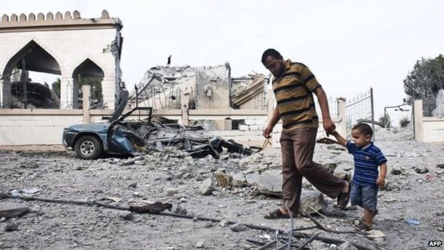 Israel strikes Gaza as Egypt 'proposes new ceasefire'