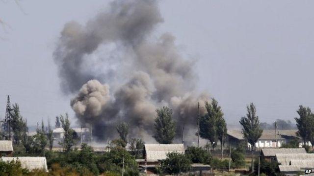 Ukraine crisis: 'Thousands of Russians' fighting in east