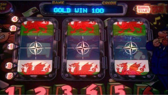 Welsh flag symbols on gaming machine