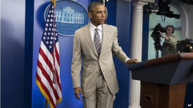 At presser, Obama's suit does the talking