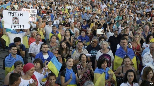 Ukraine crisis: Obama blames Russia for violence