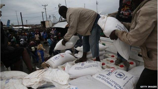 Ebola outbreak: West Africa food harvests 'at risk'