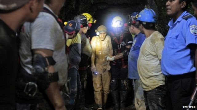 Nicaragua miners: Search for missing men suspended