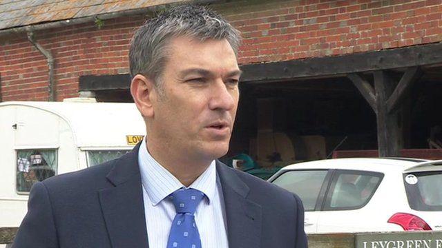 Det Supt Paul Barton, Hampshire Police