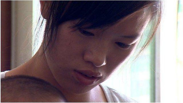 Li Ling (wife of missing passenger)