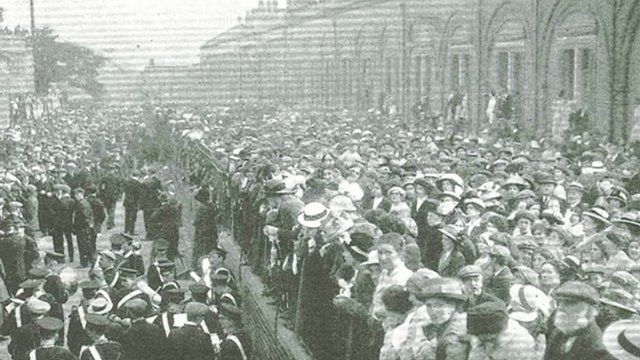 A parade through Port Sunlight before 700 men from Lever Brothers left to join the army a 100 years ago