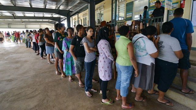Fijians queue up to vote at the Vatuwaqa Public School in the capital Suva on September 17, 2014
