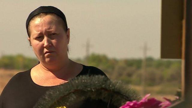 Ukraine crisis: Forgotten death of Russian soldier