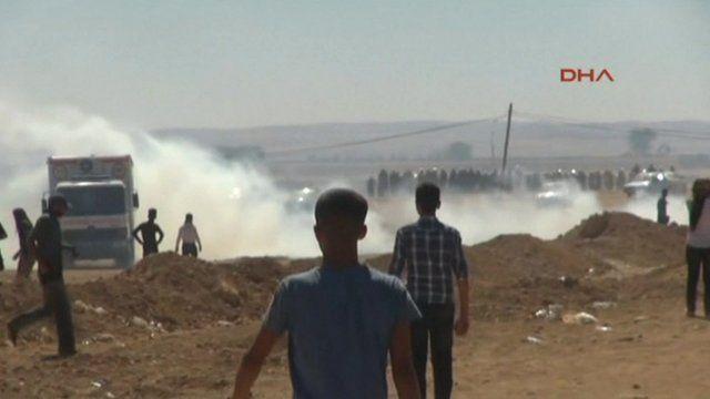 Tear gas fired at Kurds