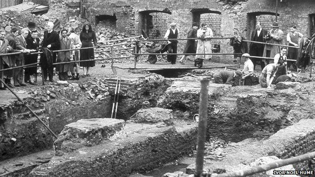 Excavation of the Temple of Mithras in 1954