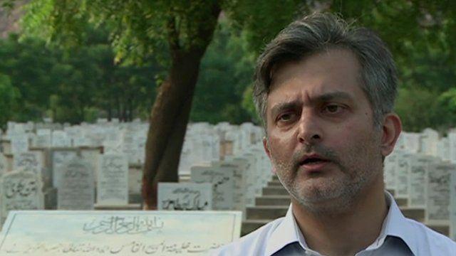 Usama Munir in Rabwah's graveyard