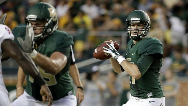 Baylor quarterback Seth Russell