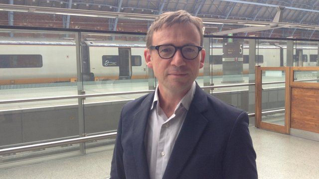 Author David Nicholls