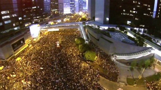 Aerial view of crowds