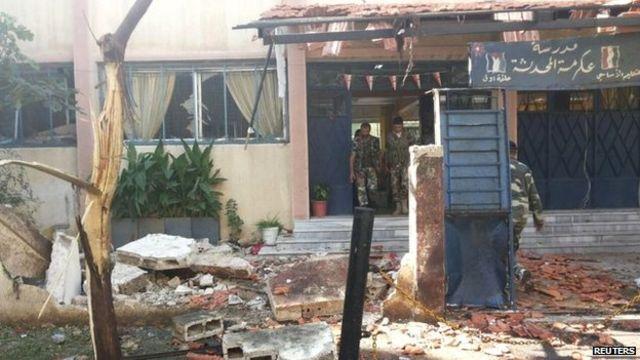 Islamic State crisis: New strikes in Syria near Kobane