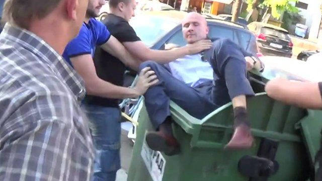 Activists, many from the far right, are throwing politicians whom they say are corrupt into trash bins.