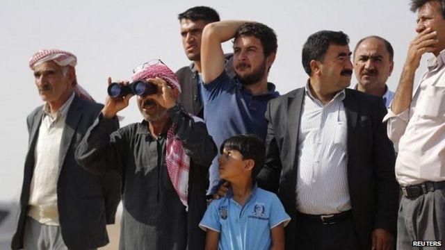 Islamic State crisis: Besieged Kobane under heavy fire