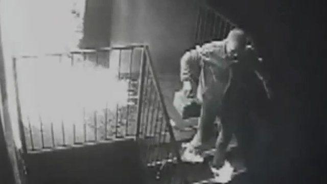 Craig Cullen runs away with his feet on fire