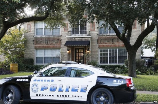 Ebola: Health care worker tests positive at Texas hospital