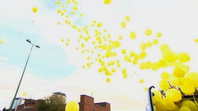Balloon release for Alan Henning