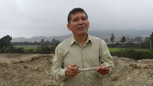 In pictures: Protecting Peru's ancient burial grounds