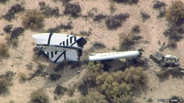 Wreckage from Virgin Galactic's SpaceShipTwo in Mojave desert