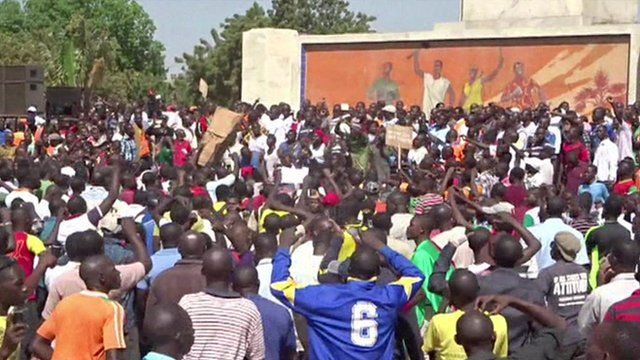 Crowds demonstrate in Burkina Faso