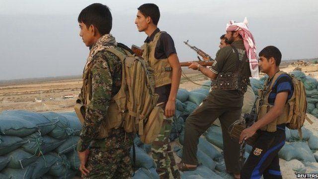 Iraqi tribal soldiers (file pic)