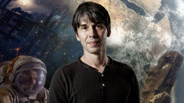 Brian Cox creates pioneering 3D show for Manchester festival