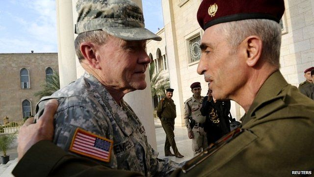 Iraq's army chief General Babaker Zebari (right) meets US Army General Martin Dempsey